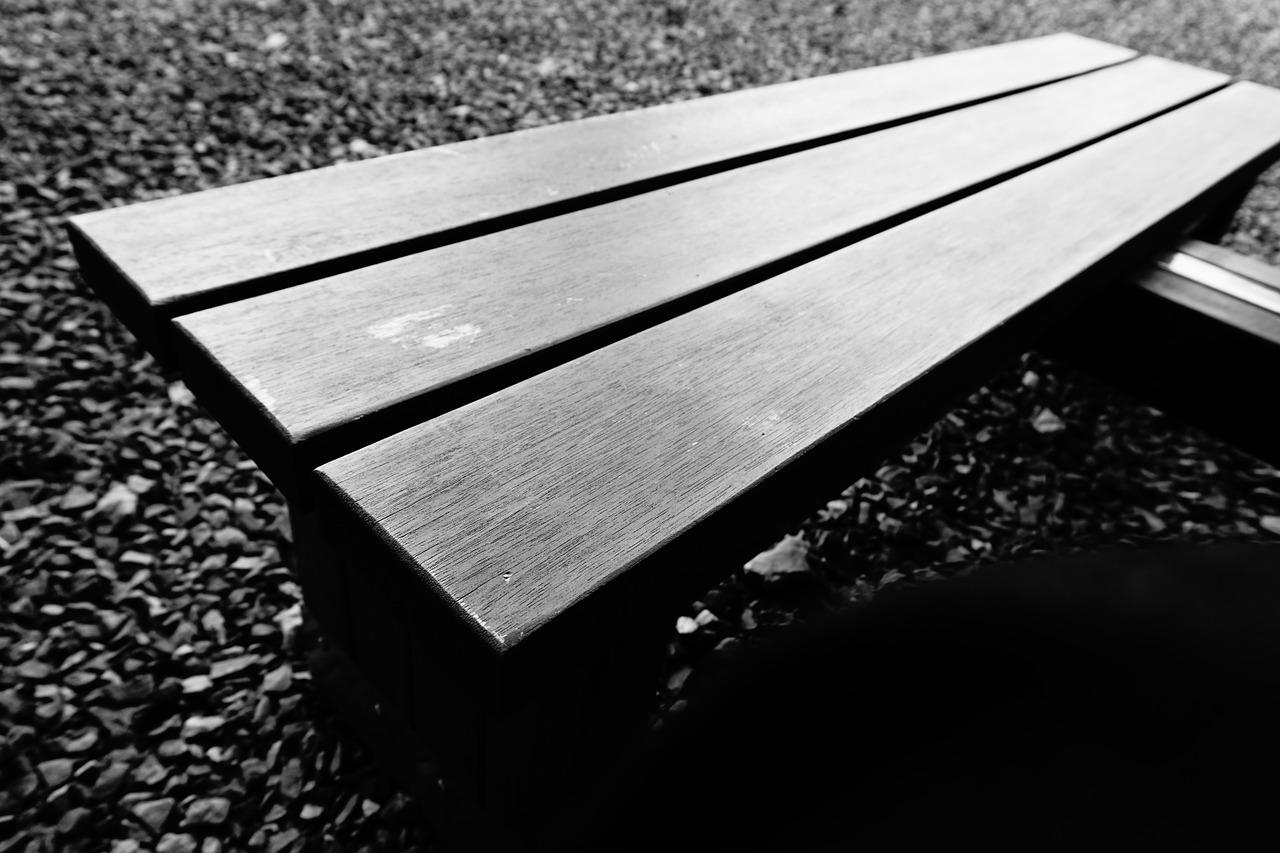 chair-843178_1280.jpg