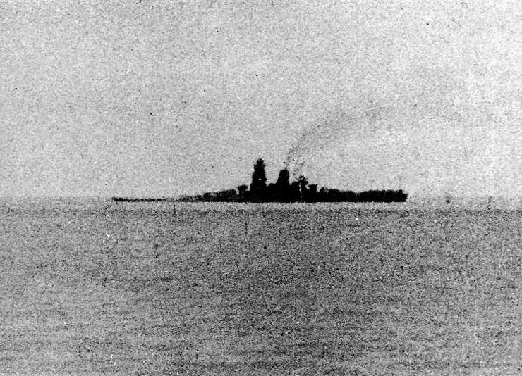Musashi_24_Oct_1944.jpg
