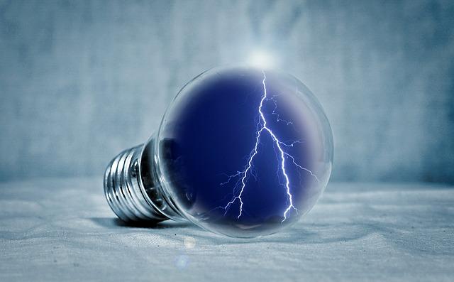 light-bulb-2577139_640.jpg