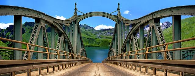 bridge-2986009_640.jpg