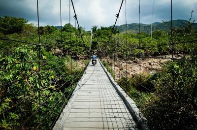 s_bridge-3680050_640.jpg