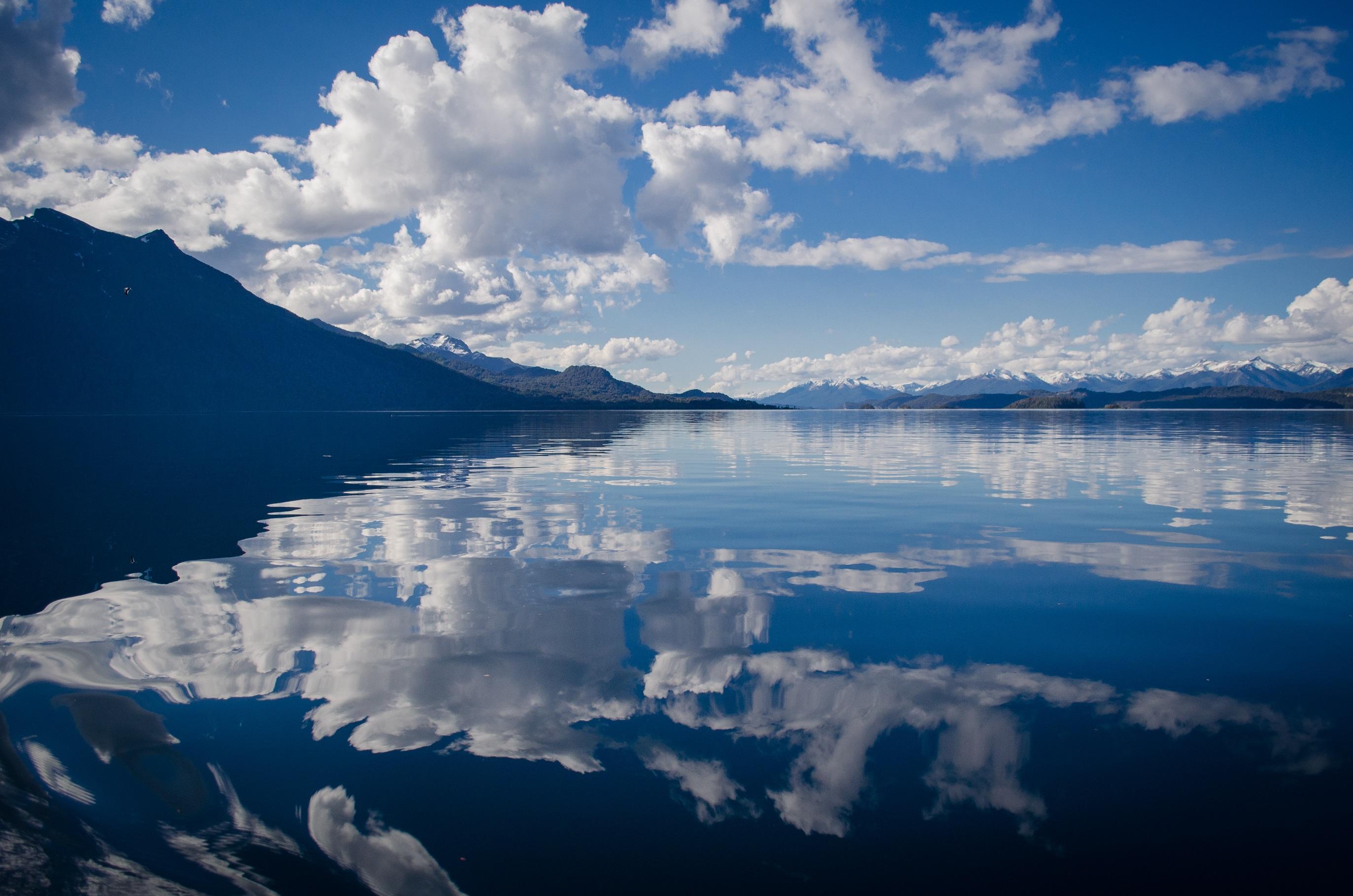 lake-430508.jpg
