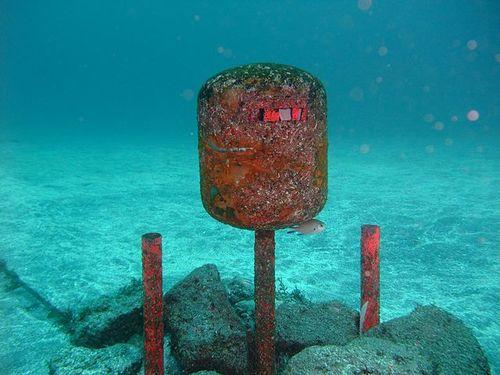 海底ポスト